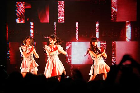 2012年11月24日に開催されたシンガポール公演の模様