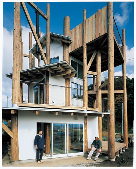 竣工後した「みんなの家」 ©Naoya Hatakeyama