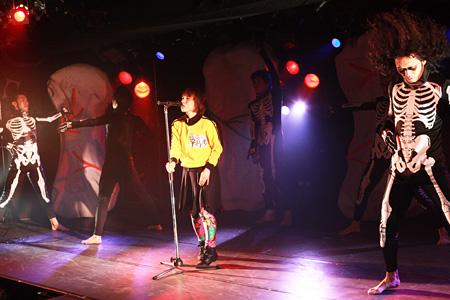 『赤とうがらし帝国』(2009年上演)より 撮影:和田咲子