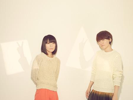 チャットモンチー(左が橋本絵莉子)