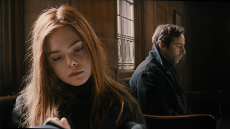 『ジンジャーの朝 さよなら、わたしが愛した世界』 ©BRITISH FILM INSTITUTE AND APB FILMS LTD 2012