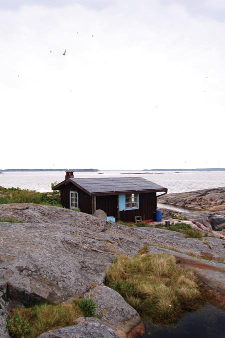 トーヴェが友人と建てたクルーヴ島の小屋