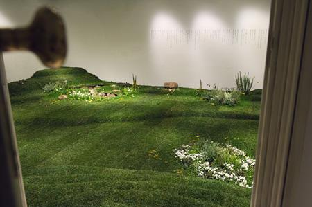 『生きているということ』展、2013、渋谷PARCO MUSEUM