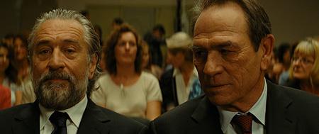『マラヴィータ』 ©EUROPACORP- TF1 FILMS PRODUCTION – GRIVE PRODUCTIONS  Photo : Jessica Forde