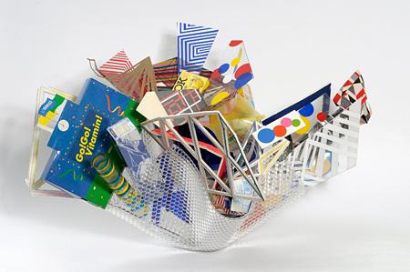 高坂正人『Return to Forever (Productopia)』2009年ダンボール、木、プラスチック、MDF、アクリル、塗料、紙、ジュースの缶、テープ、不要になった製品包装サイズ可変展示風景:「キュビスムとオーストラリア美術」ハイド近代美術館、メルボルン Photo: John Brash