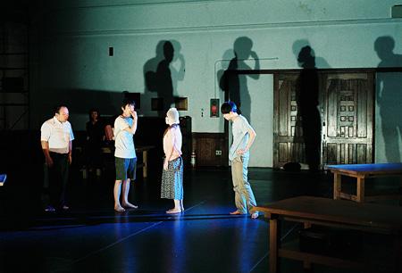 前回公演『ニューヘアスタイルイズグッド』舞台写真