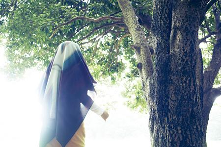 『ditto スカーフが結ぶ、アートとファッション展』イメージビジュアル