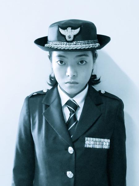 光州公演の舞台写真 Photo:LUCY GODFREY