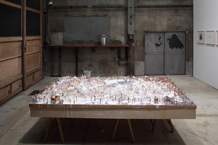 磯崎新『孵化過程』1962/2011 磯崎新「過程|PROCESS」(MISA SHIN GALLERY、2011)展示風景 撮影:木奥惠三 Courtesy of MISA SHIN GALLERY