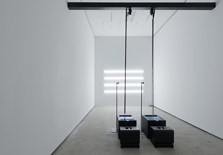 アート部門大賞『crt mgn』Carsten NICOLAI ©2013 Carsten Nicolai. All rights reserved. Photo : Uwe Walter Courtesy Galerie EIGEN + ART Leipzig/Berlin and The Pace Gallery