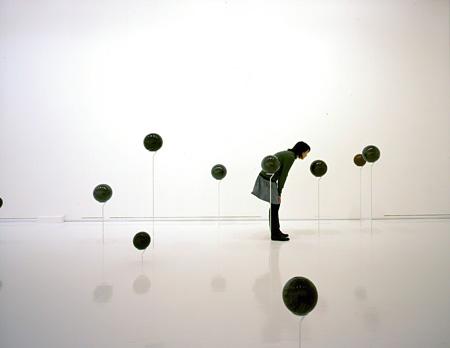 八木良太『sound sphere』(2011) 写真:新良太 写真提供:東京都現代美術館