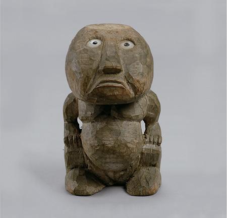 「トコベイ」人形 地域:トビ島 国名:パラオ共和国 1940年頃収集 国立民族学博物館蔵 写真提供:国立民族学博物館