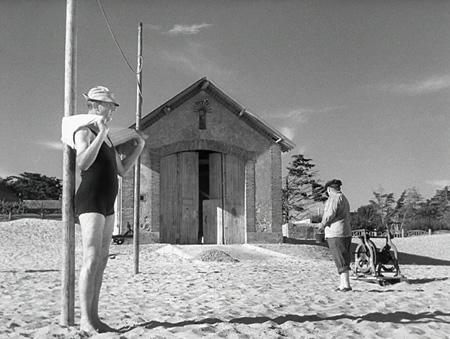 『ぼくの伯父さんの休暇』©Les Films de Mon Oncle - Specta FilmsC.E.P.E.C.