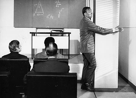 『ぼくの伯父さんの授業』©Les Films de Mon Oncle - Specta FilmsC.E.P.E.C.