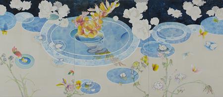 染谷 悠子『かみあわぬ水に沈む月』170.0×390.0cm(170.0×130.0cmの3枚組)和紙、鉛筆、水彩、墨、リトグラフインク、カンヴァス、パネル