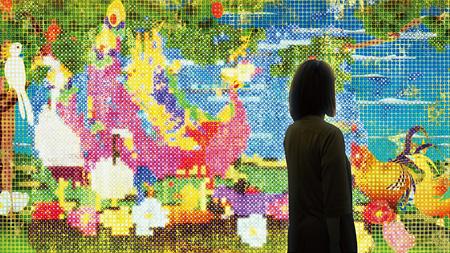 『世界は、統合されつつ、分割もされ、繰り返しつつ、いつも違う』, チームラボ, 2013, インタラクティブデジタルワーク, (9:16 x 8), 音楽: 高橋英明