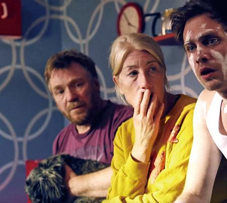 映画『シンプル・シモン』 &copy2010 Naive AB, Sonet Film AB, Scenkonst Vasternorrland AB, Dagslijus AB, Ljud & Bildmedia AB, All Rights Reserved.