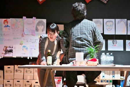 『地下室』2013年1月こまばアゴラ劇場公演より ©青木司