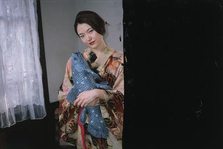 荒木経惟『左眼ノ恋』2014年、RP-Pro クリスタル、イメージサイズ:36.3×54.5cm、ペーパーサイズ:45.7×56cm ©Nobuyoshi Araki / Courtesy of Taka Ishii Gallery, Tokyo