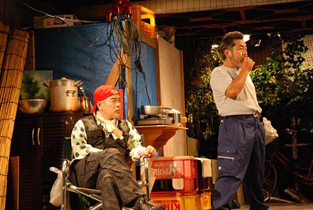 劇団HOBO『ナイアガラ』2012年9月@下北沢駅前劇場 撮影:矢原加奈子