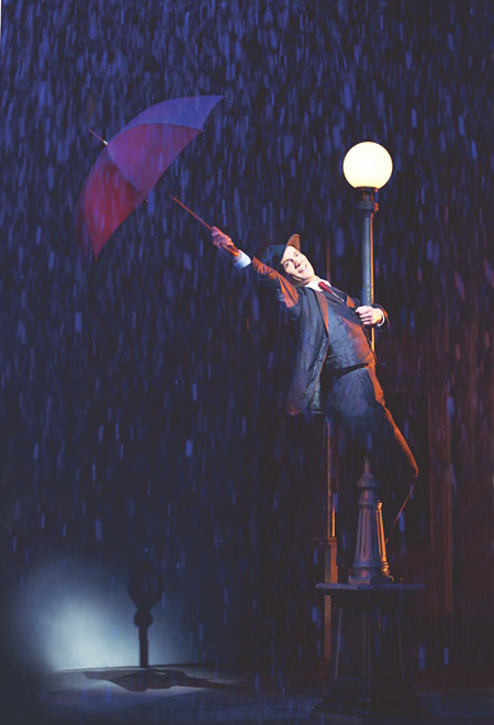 『SINGIN' IN THE RAIN -雨に唄えば-』 Photography by Manuel Harlan