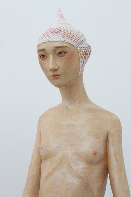棚田康司『現れた少女』(部分)2011年 作家蔵 courtesy of Mizuma Art Gallery 撮影:宮島径