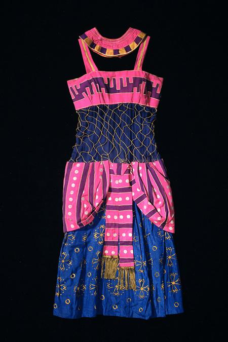 レオン・バクスト「奴隷」あるいは「踊り子」の衣裳(『クレオパトラ』より)1918-36年頃 オーストラリア国立美術館