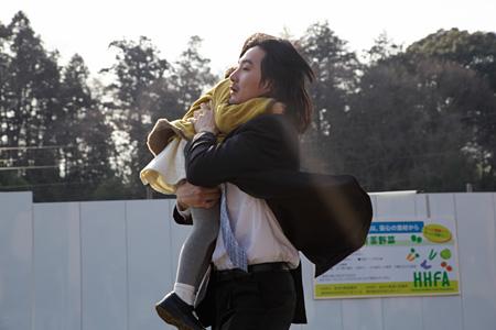 映画『まほろ駅前狂騒曲』 ©2014「まほろ駅前狂騒曲」製作委員会