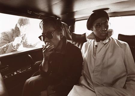 ジョンソン&ジャクソン『窓に映るエレジー』メインビジュアル