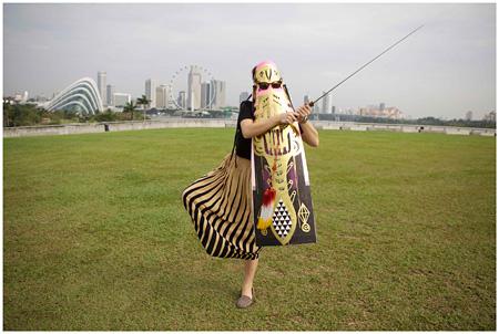 エコ・ヌグロホ『Photo series(Yes is for Yes, No is for No)』2013年、C- Typeプリント 122 x 182 cm On loan from STPI, Singapore ©Eko Nugroho / STPI