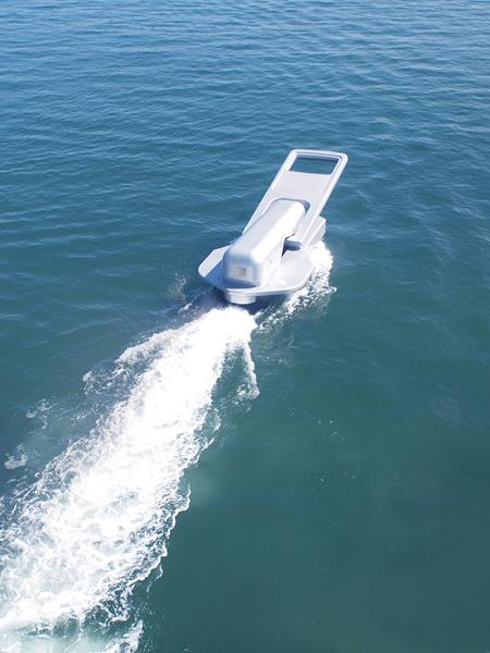 鈴木康広『ファスナーの船』 2010年