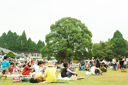 『GOOD NEIGHBORS JAMBOREE 2013』会場風景