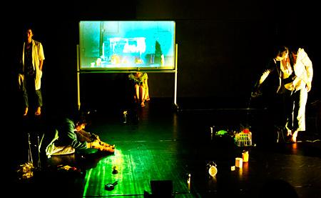 冨士山アネット/Manos.『Woyzeck/W』(2013)より