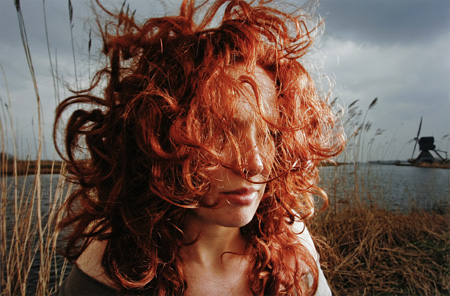 ハンネ・ファン・デル・ワウデ Hanne VAN DER WOUDE『MC1R (Natural red hair) – Monica』2007 ©Hanne VAN DER WOUDE