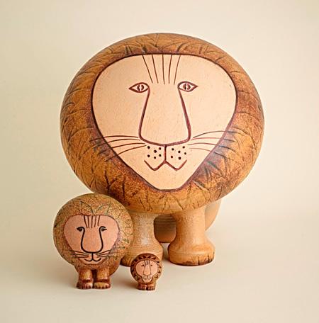 『Lion』(『Africa』シリーズより)©Lisa Larson/Thomas Carlgren