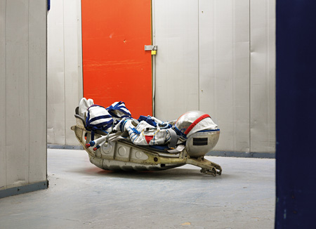 ©Vincent Fournier - SOKOL KV2 Space Suit, KAZBEK seat from a Soyuz rocket, Warehouse, London, United Kingdom, 2009.