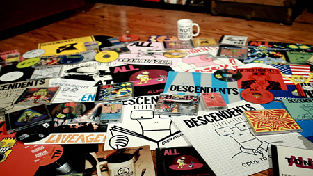 『FILMAGE:THE STORY OF DESCENDENTS/ALL』 ©2013 FILMAGE MOVIE, LLC.