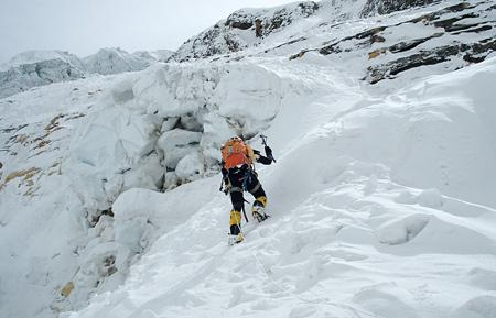 『アンナプルナ南壁 7,400mの男たち』 ©2012 Arena Comunicacion SL