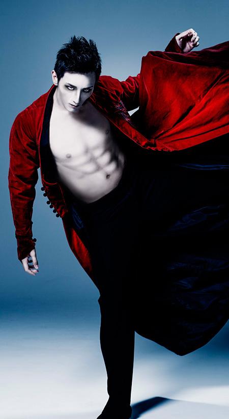 『Dracula(ドラキュラ)』メインビジュアル