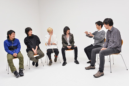『BUMP OF CHICKEN クリエイターたちとの創造・ドキュメント LIVE in 東京ドーム』より ©古溪一道