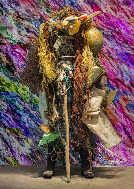 荒渡巌『ゴミから生まれたゴミ太郎2』2014年