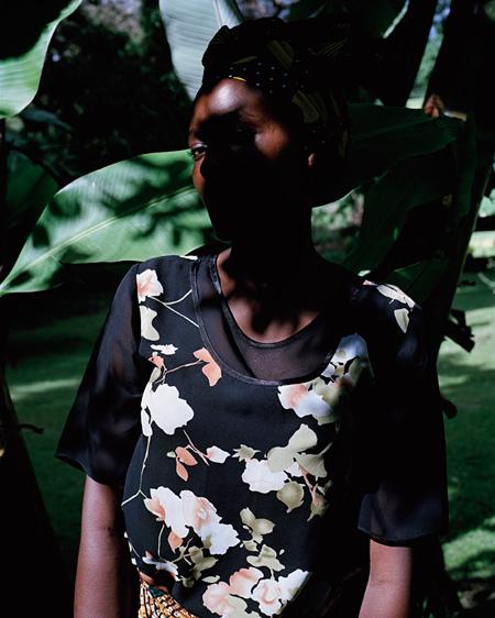 『Arusha』 2005, ©Viviane Sassen, Courtesy G/P gallery
