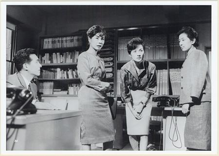 『その場所に女ありて』 ©1962 東宝