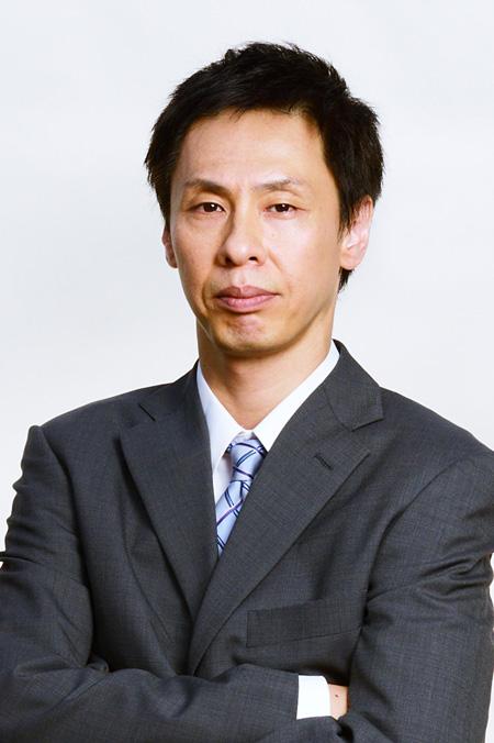 悲別役の大倉孝二 ©「怪奇恋愛作戦」製作委員会