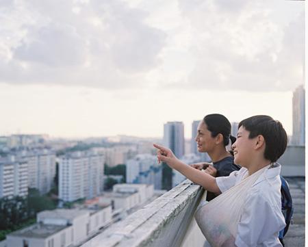 『イロイロ ぬくもりの記憶』 ©2013 SINGAPORE FILM COMMISSION, NP ENTERPRISE (S) PTE LTD, FISHEYE PICTURES PTE LTD