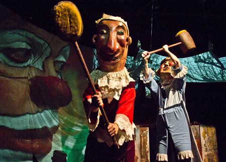 『魔法のサーカス』 ©1977 Narodni Divadlo Praha