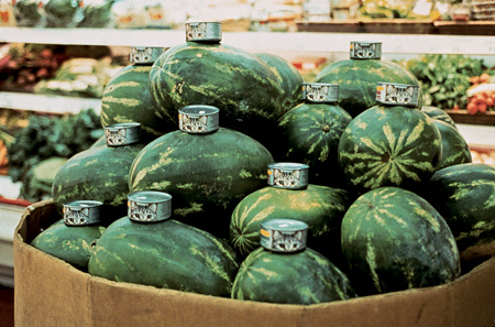 ガブリエル・オロスコ『Cats and Watermelons』1992年 タイプCプリント