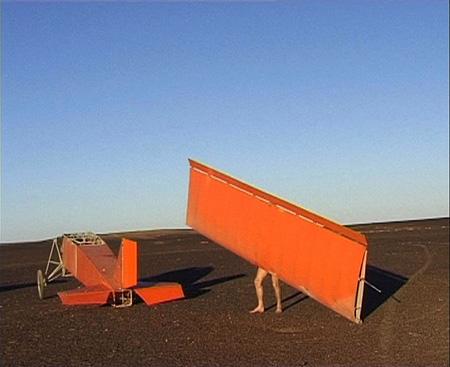Still from Joost Conijn, Vliegtuig (Airplane), 2000. Video, 29 min.