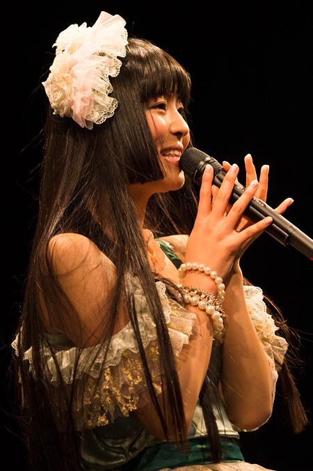 2月8日に東京・渋谷のWWWで開催されたワンマンライブでの寺嶋由芙