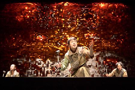 『トカトントンと』舞台写真(撮影:青木司)